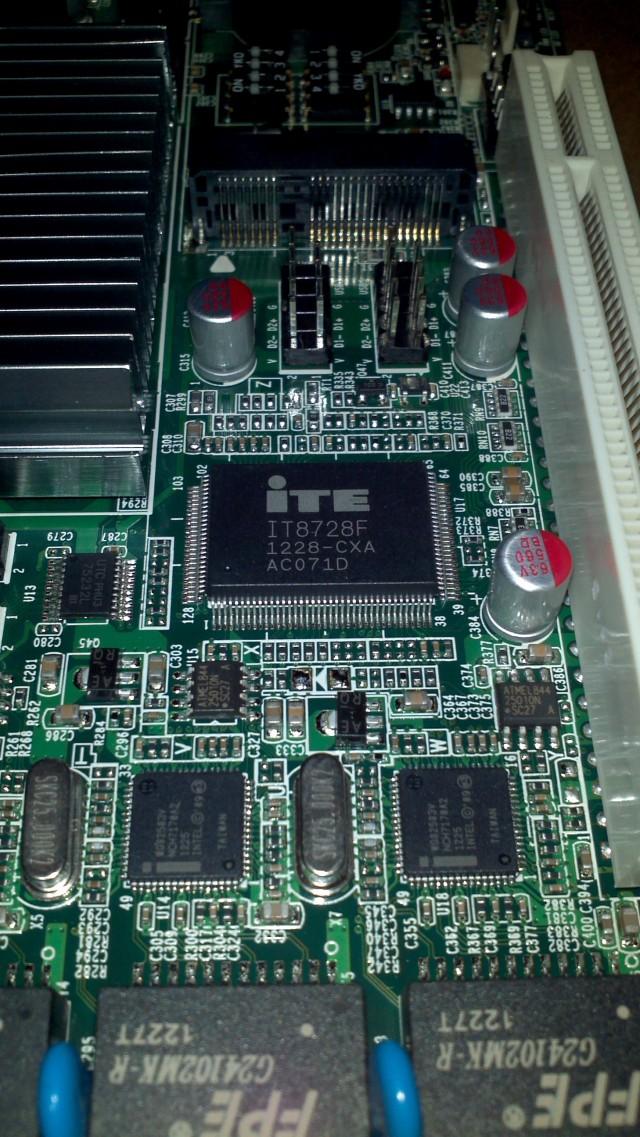 Atom D2550 4口intel 82583v防火墙/软路由主板 图12