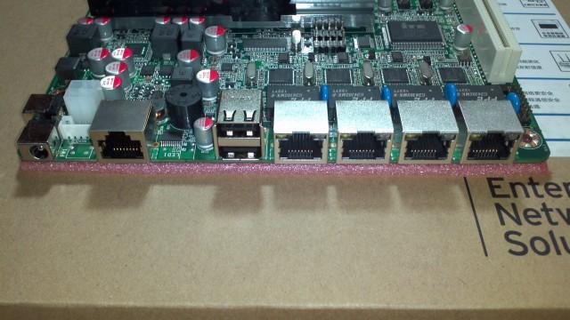 Atom D2550 4口intel 82583v防火墙/软路由主板 图4