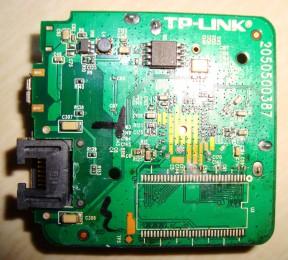 TP-LINK WR802N 802.11N 300M 迷你型无线路由器 拆机图07