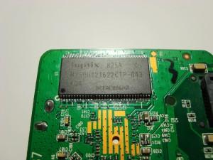 TP-LINK WR802N 802.11N 300M 迷你型无线路由器 拆机图09